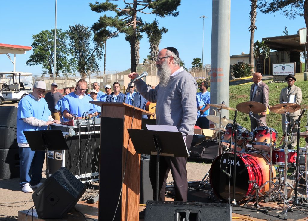 Rabbi speaks at Day of Peace and Reconciliation at California Rehabilitation Center.