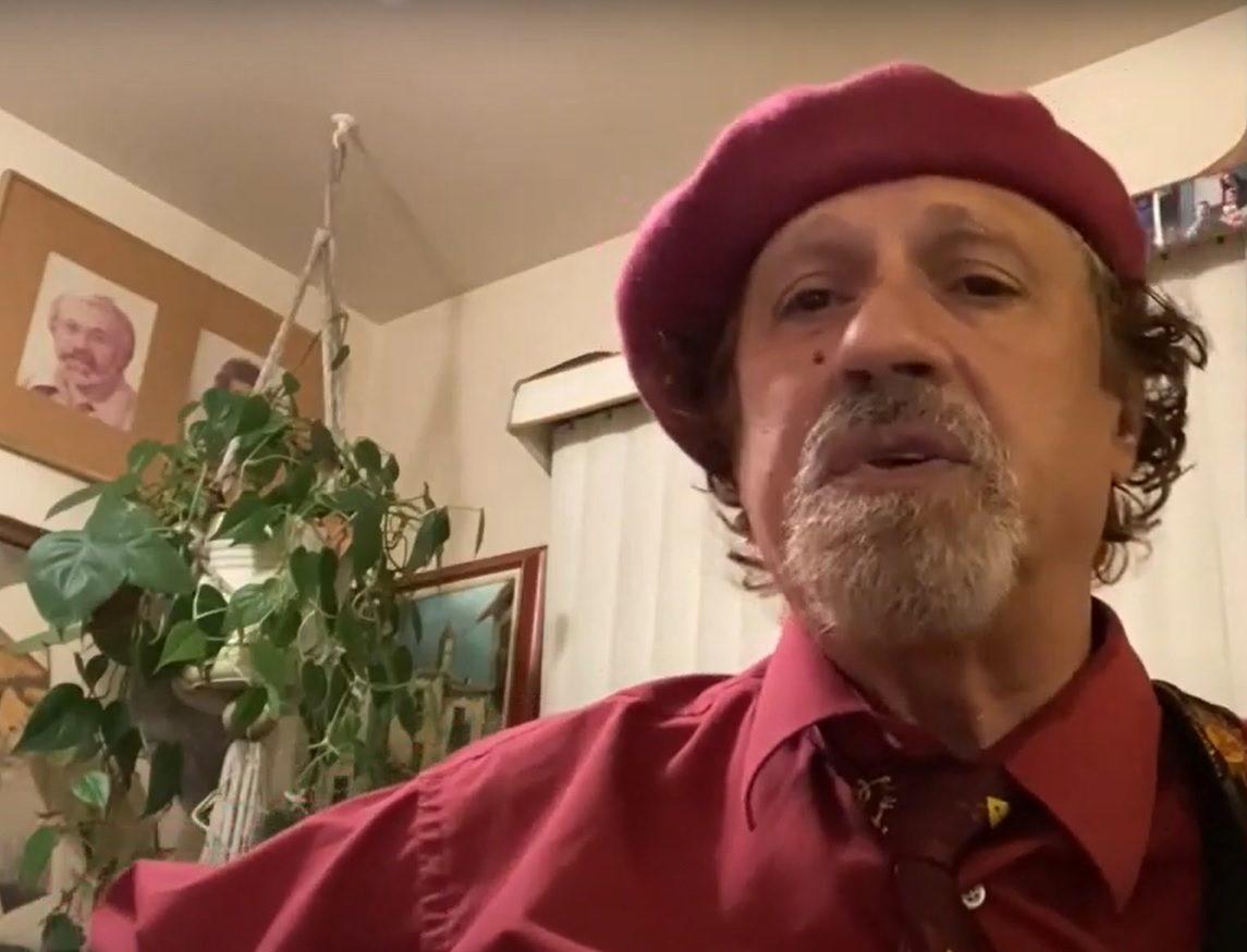 Moshe Halfon sings Hanukkah songs.