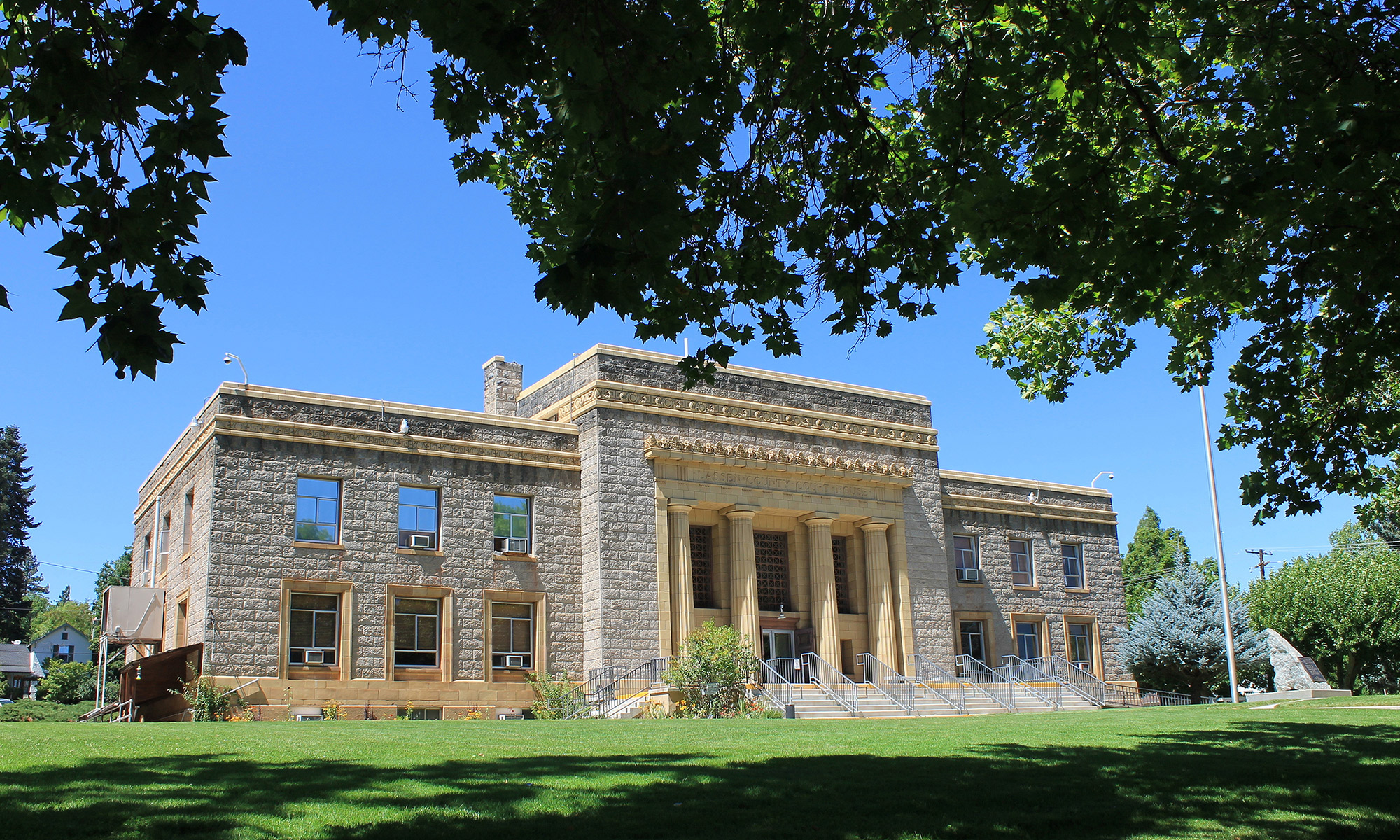 picture of Historic Lassen County Courthouse