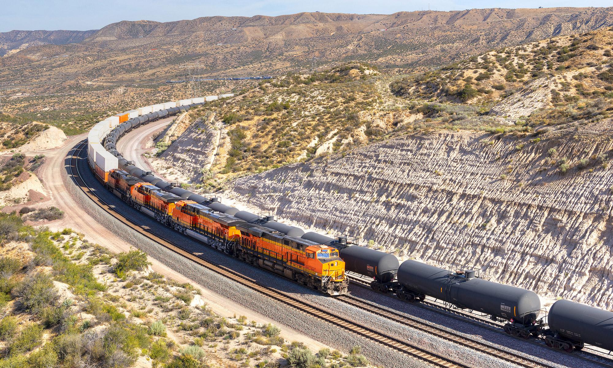Picture of Tehachapi train loop